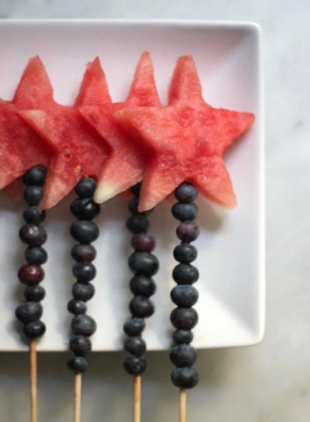 ... 12 idées de brochettes de fruit originales et faciles à réaliser