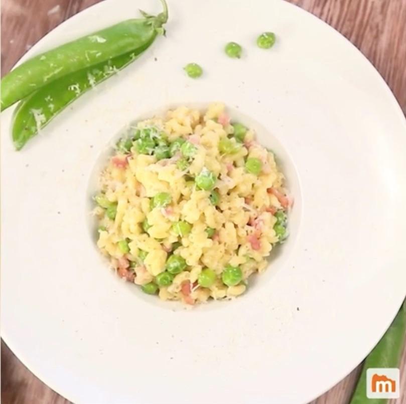 Le risotto de p tes au jambon et aux petits pois la recette - Comment cuisiner des petit pois en boite ...