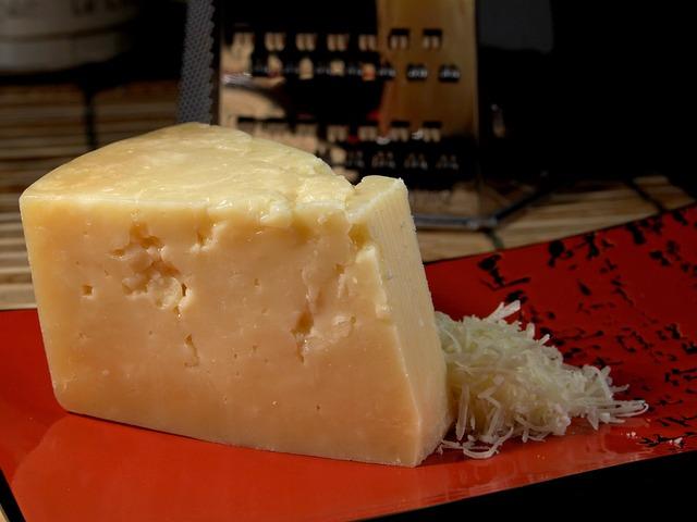 stravecchio-parmesan-3541_640