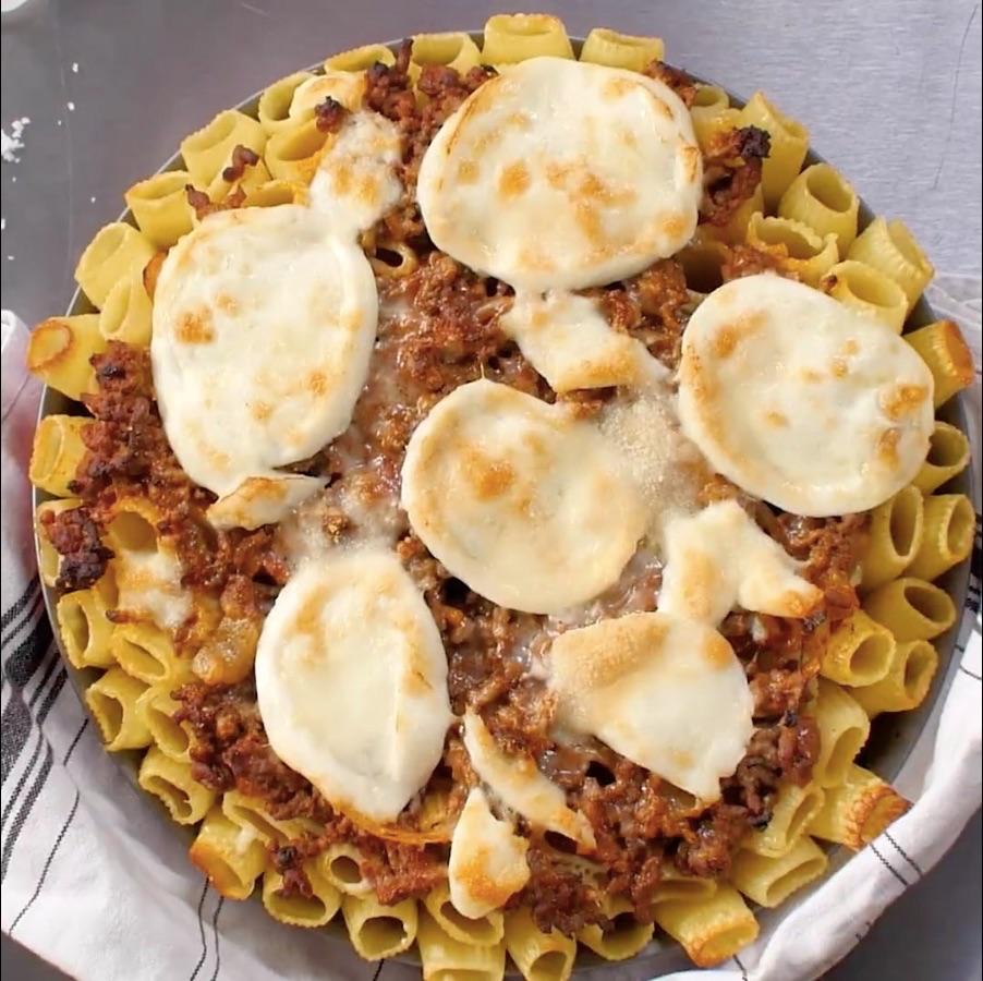 Le d licieux gratin de p tes la bolognaise la mozzarella et au parmesan la recette - Pate a la mozzarella ...