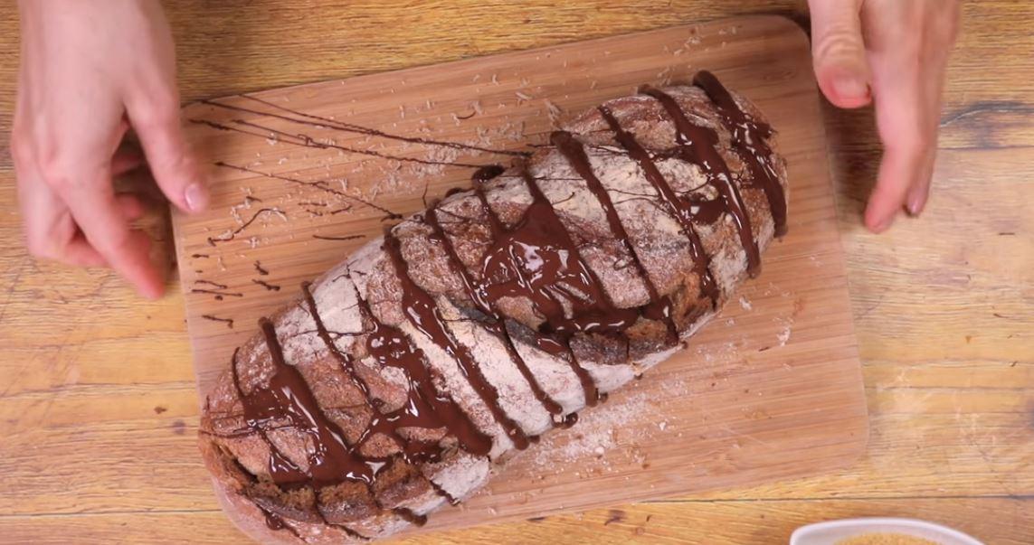 pain perdu g ant au chocolat de quoi vous faire plaisir avec vos restes de pain la recette. Black Bedroom Furniture Sets. Home Design Ideas