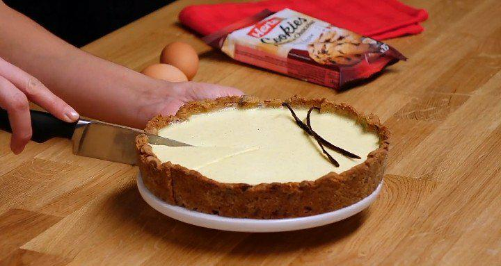 Découvrez la tarte à la vanille et sa pâte de cookies