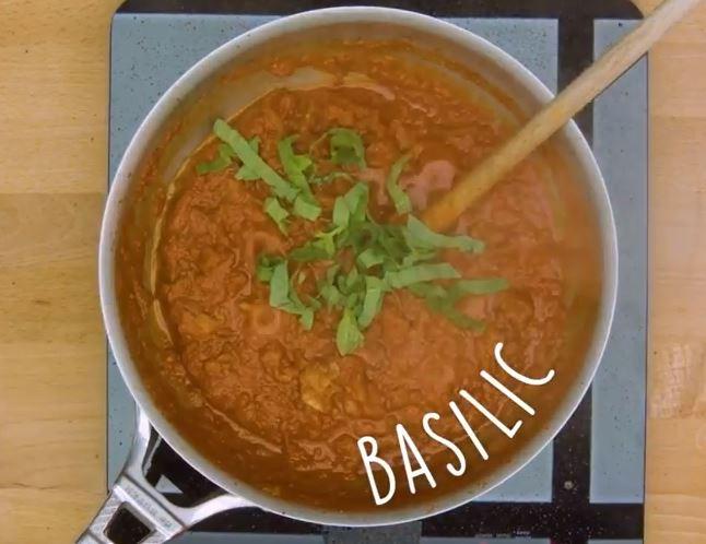 Le gratin de gnocchis à la sauce tomate et mozzarella1