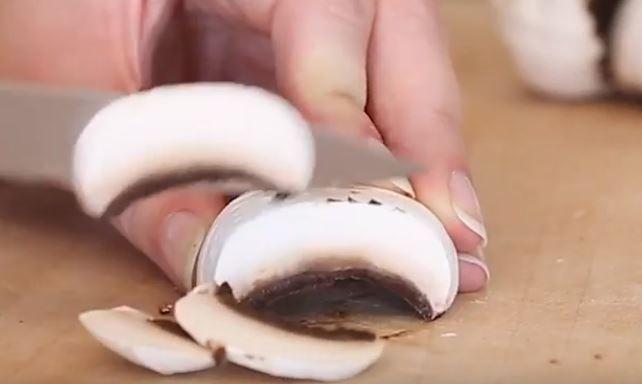 Des tagliatelles aux champignons et à la crème de parmesan1