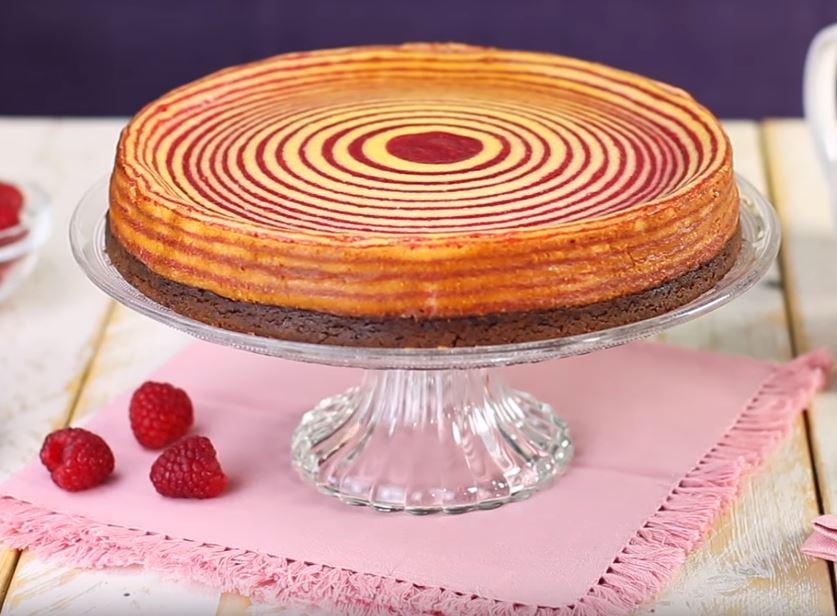 Sublime tarte zébrée aux framboises5