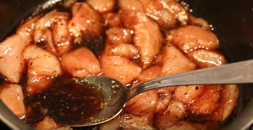 Yakitori : recette brochettes de poulet au miel et au soja