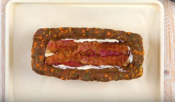 Cake de viande hachée et sa purée au bacon3