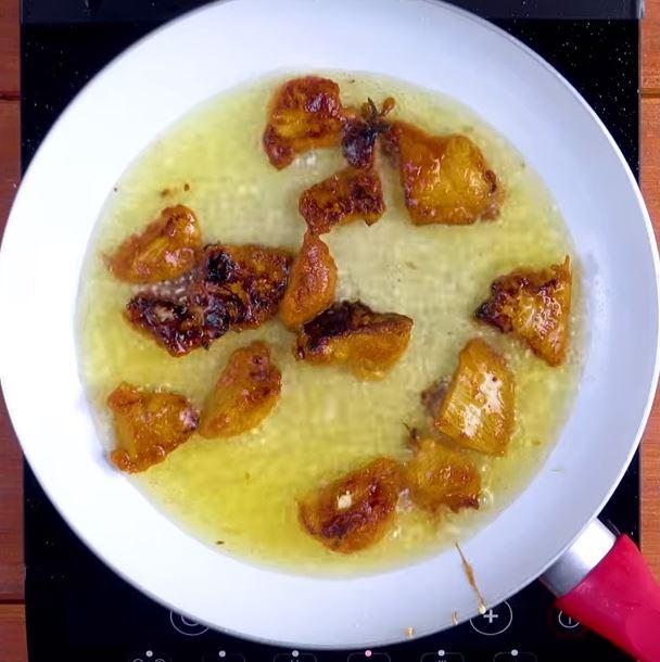 Pain pita aux nouilles chinoises et au poulet3