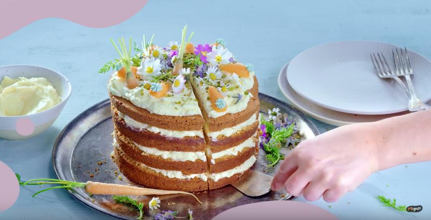 Carotte cake façon naked cake