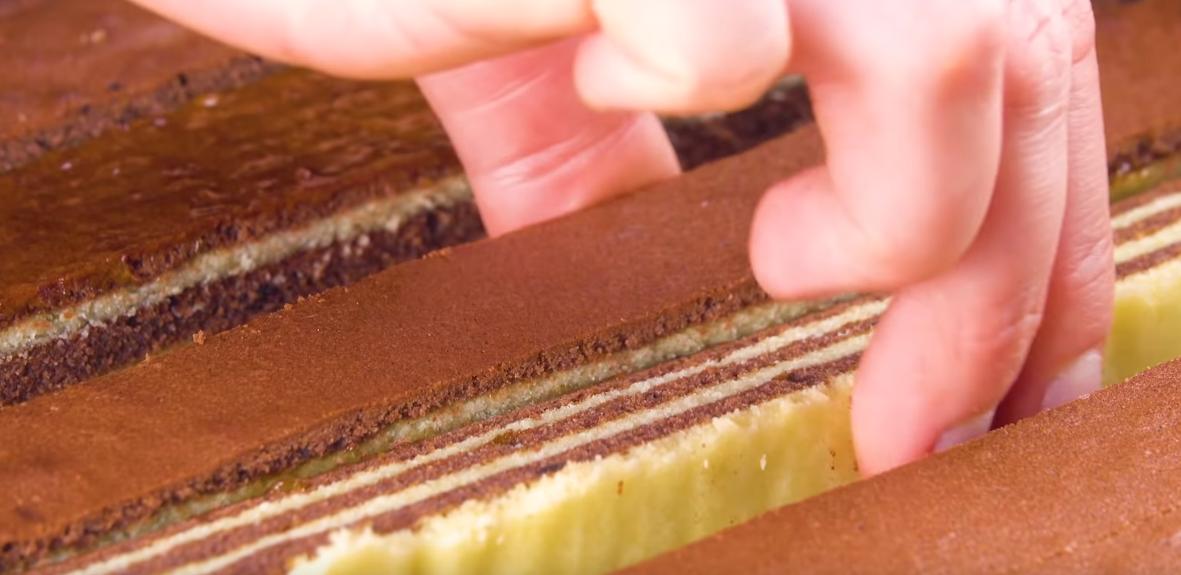 Réalisez un gâteau rayé au chocolat