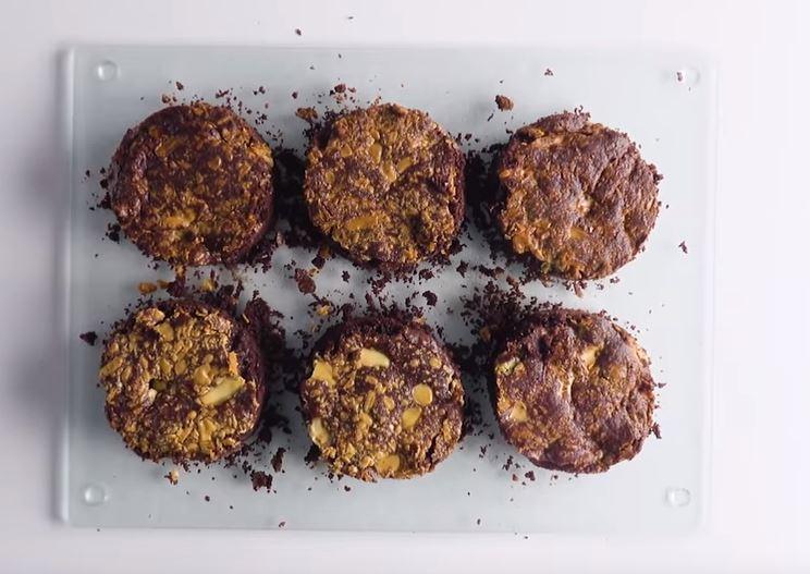 Le brownie fondant aux pépites de chocolat blanc