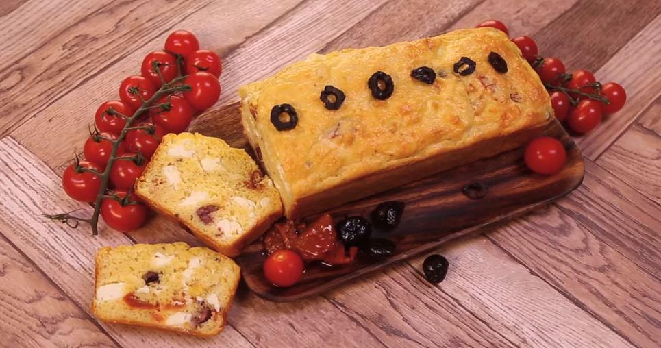 Cake Aux Olives Feta Et Tomates S Ef Bf Bdch Ef Bf Bdes