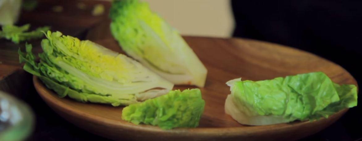 salade et croquette de brie