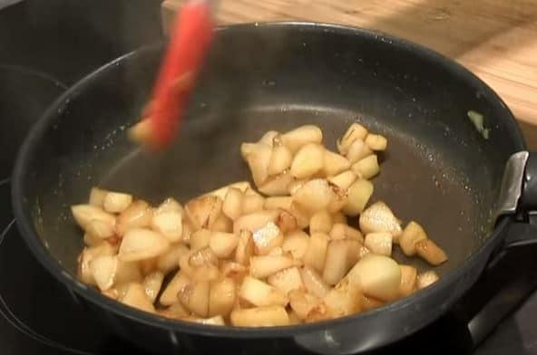 verrines de poires à la crème de marron et palets betons