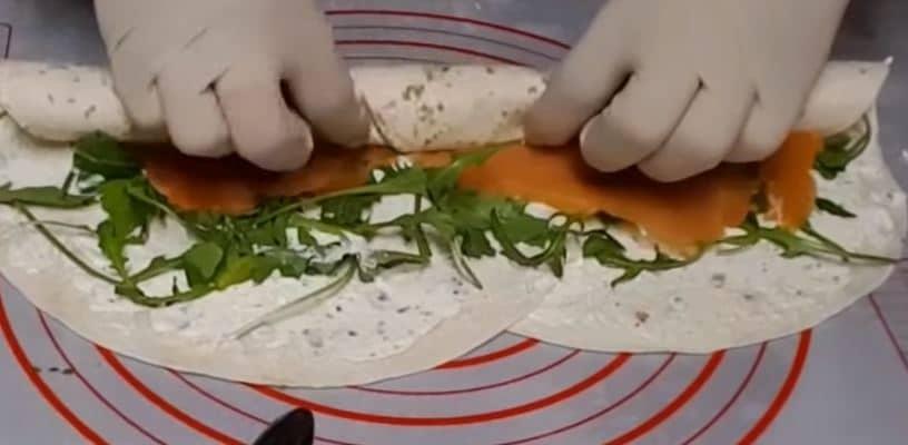 canapés tortillaz et saumon fumé