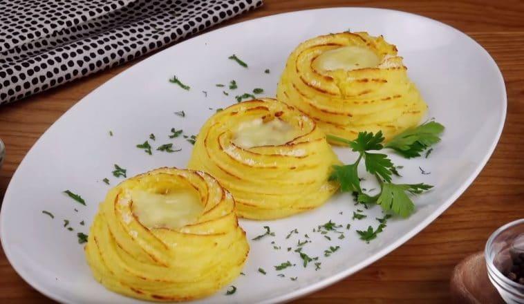 pommes de terre garnies au lard et gruyère