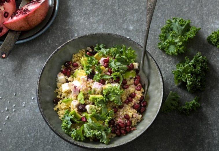 salade quinoa avocat et chou frisé