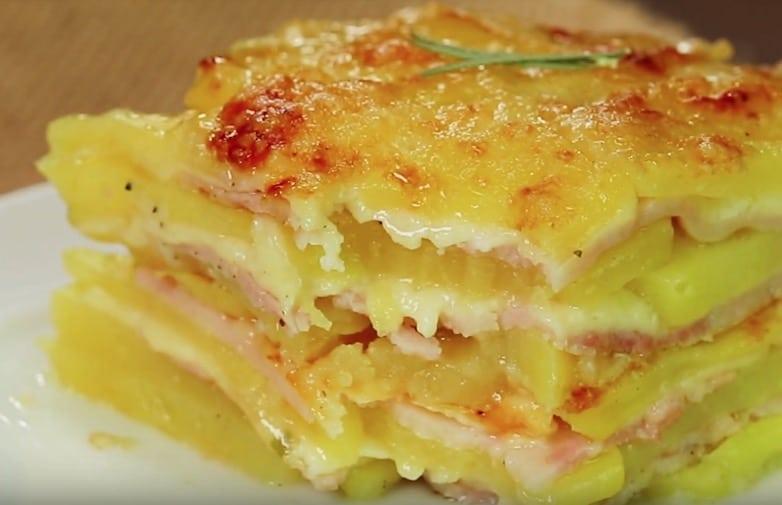 gratin de pommes de terre, jambon et fromage