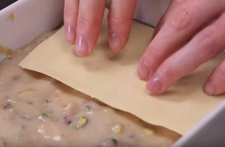Les lasagnes épicées, au miel et aux pistaches