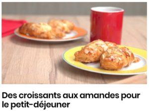 Des croissants aux amandes pour le petit-déjeuner