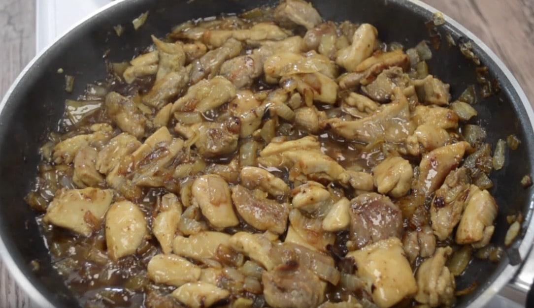 Poulet et nouilles à la sauce soja & miel
