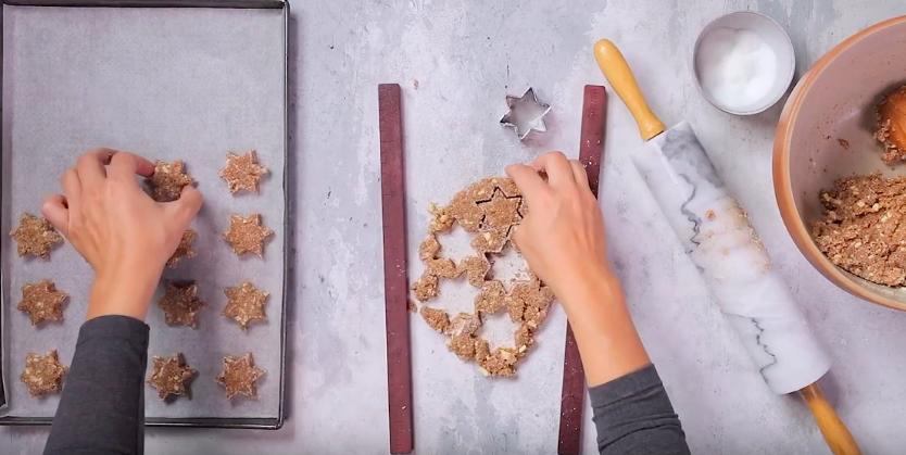 biscuits étoiles à la cardamome