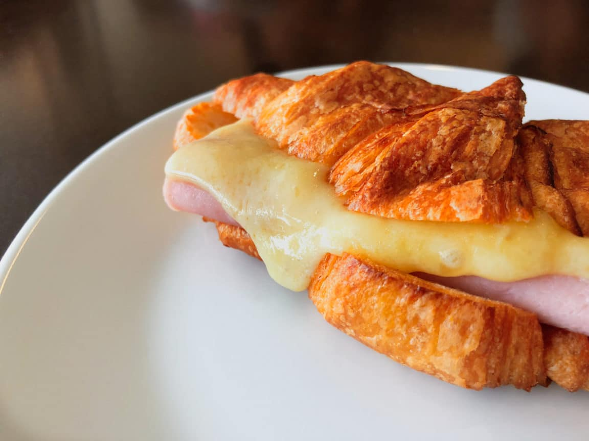 croissant jambon fromage