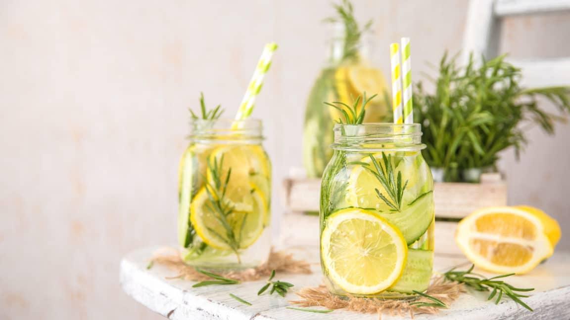 eau detox concombre