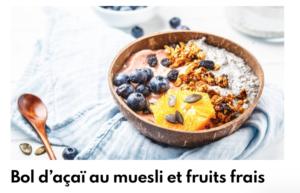 bol d'acaï au muesli et fruits frais