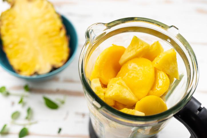 mangue et ananas mixer