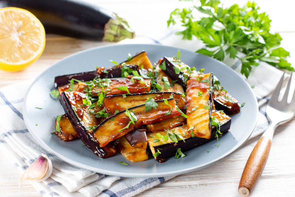 Bruschetta aux aubergines confites et mozzarella